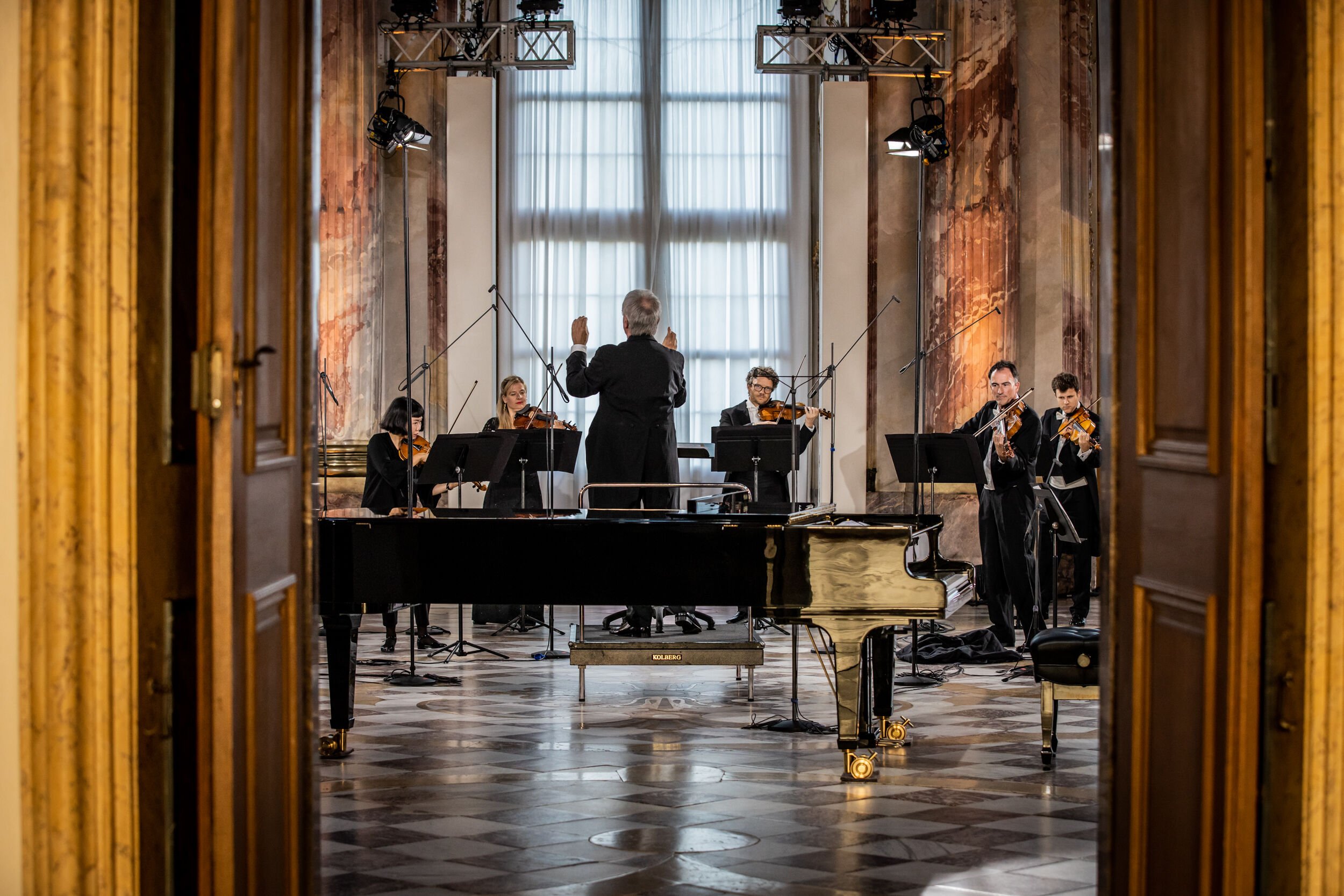 Muenchner Rundfunkorchester - Mozartfest - 21.06.2020 - Residenz Wuerzburg by Dita Vollmond